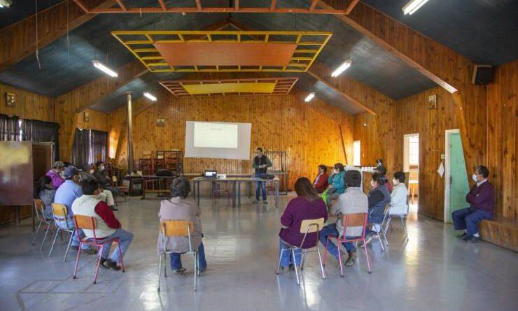 Agricultores del proyecto FIC de la UST Osorno se capacitan en asociatividad y cooperativismo.