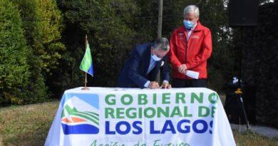 Gobierno Regional y municipio firman convenio para mejorar Parque Cerro Philippi en Puerto Varas.