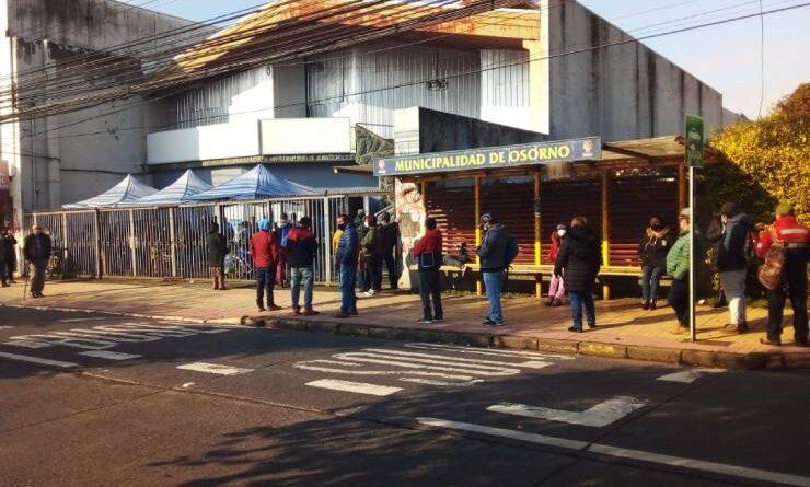 En Osorno cientos de personas llegaron a las AFP por nuevo retiro