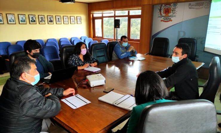 Alcalde Crot y Subdere Pablo Hernández analizaron cartera de proyectos para Purranque
