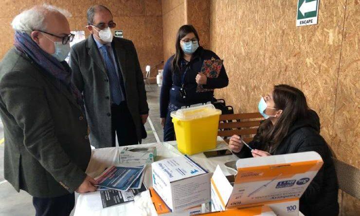 Tres nuevos puntos para dosis de refuerzo se habilitaron a contar de este lunes en Osorno.