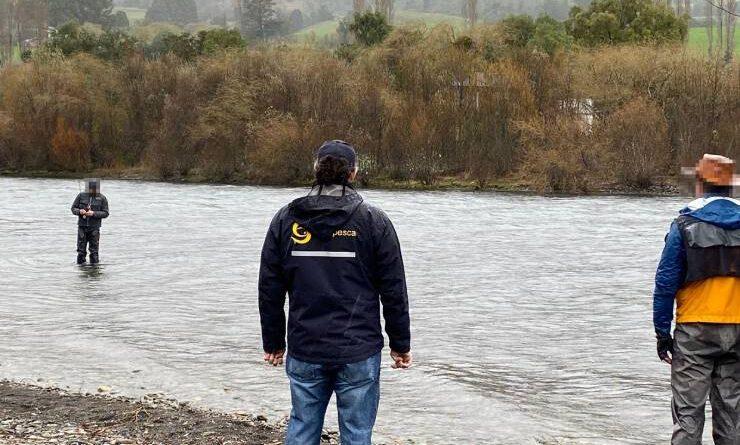 A pocos días de la apertura de temporada de pesca recreativa, Sernapesca sorprende a pescadores en Lago Rupanco.