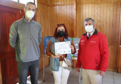 Vecinos de Fresia fortalecen conciencia ambiental y se capacitan en reciclaje de residuos.